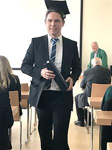 Bastain Schretzmair M.Sc. - Qualifiziert in Implantologie